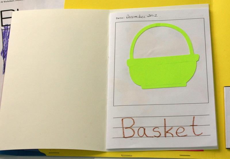 Letter B Lapbook mini book Mr Printables