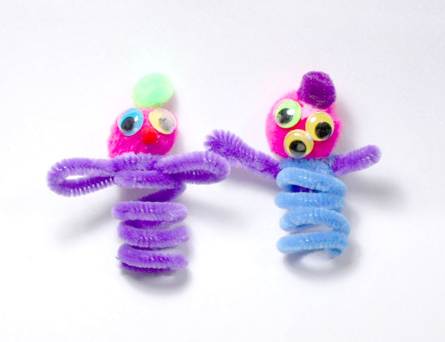 Pipe Cleaner Finger Puppets by Kathie Depew