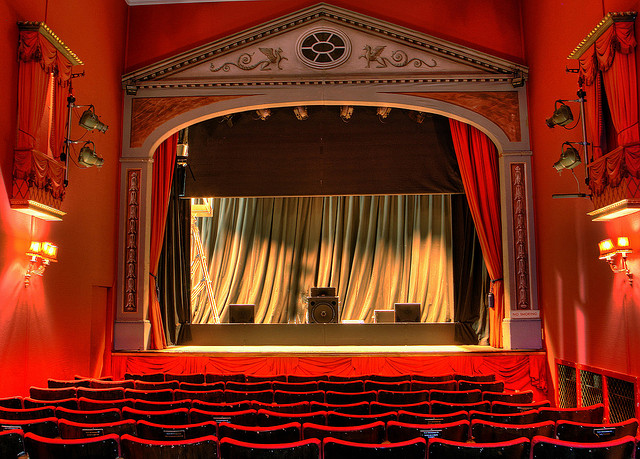 Theatre by Alan Cleaver on flickr