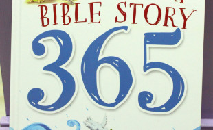 Read Me A Bible Story 365 1